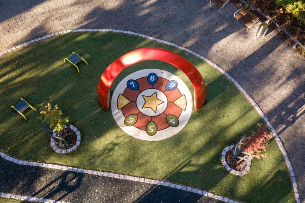 Yalp Sona - Spielbogen - Im öffentlichen Raum