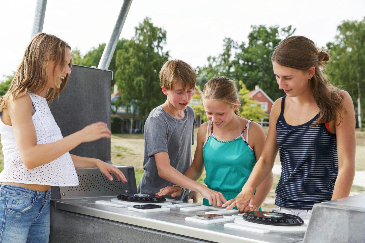 Yalp Fono - DJ Pult - Im Ferienpark